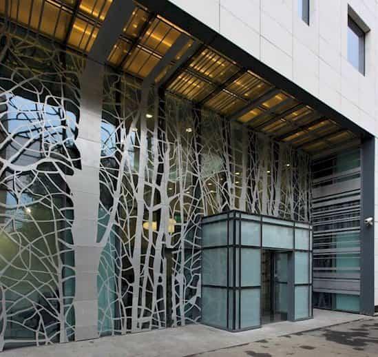 fachadas de edificios Victoria Center