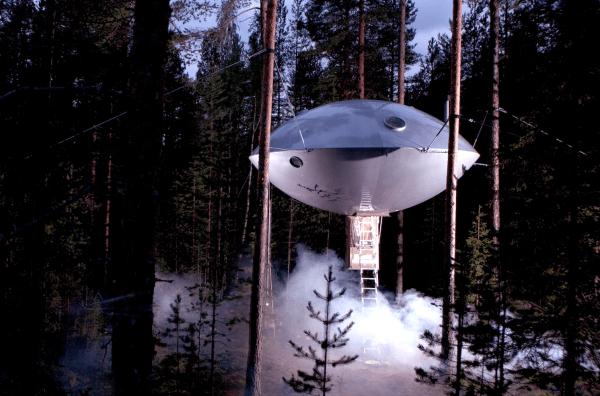 hotel sueco con forma de ovni 10