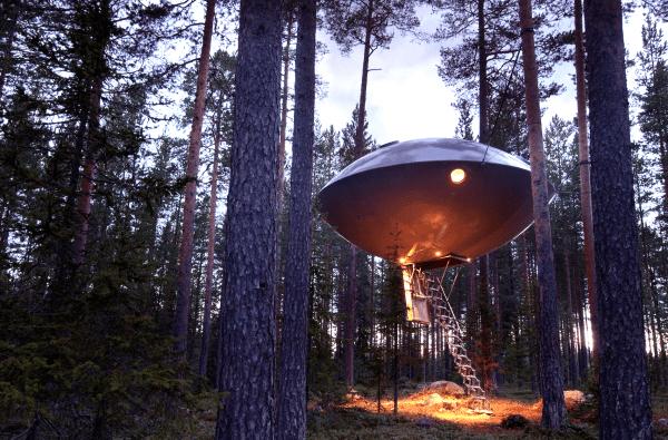 hotel sueco con forma de ovni 2
