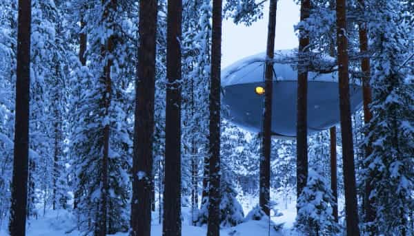 hotel sueco con forma de ovni 7