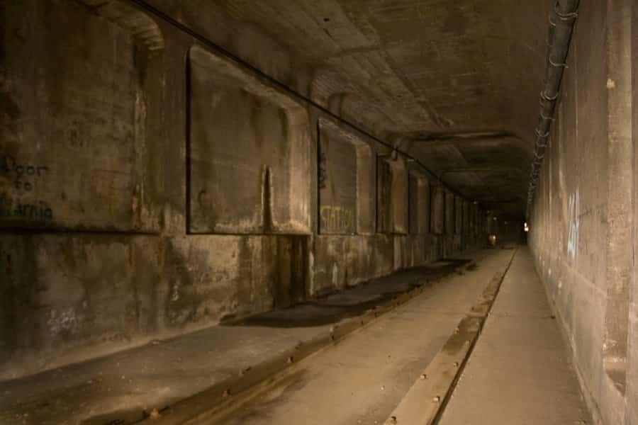 Vía del metro de Cincinnati abandonado