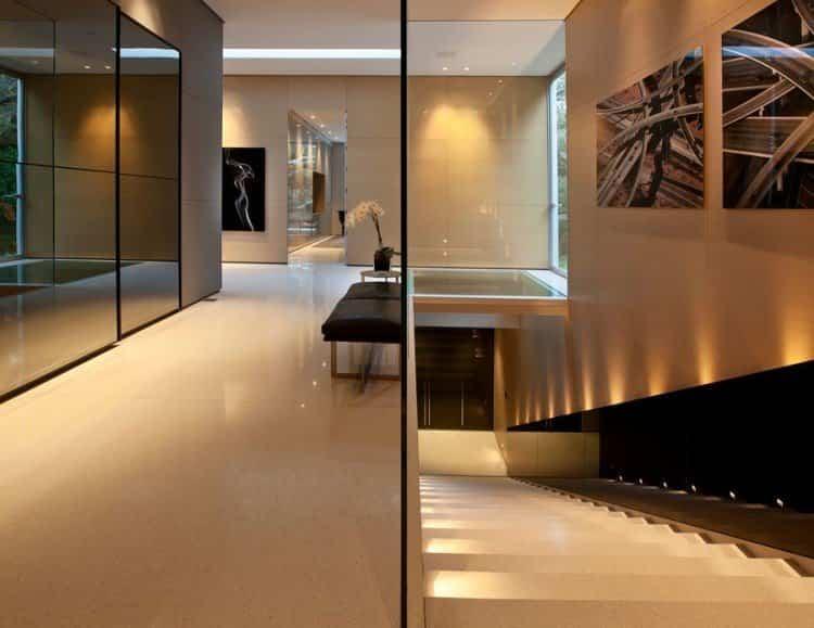 La casa ofrece una iluminación suave