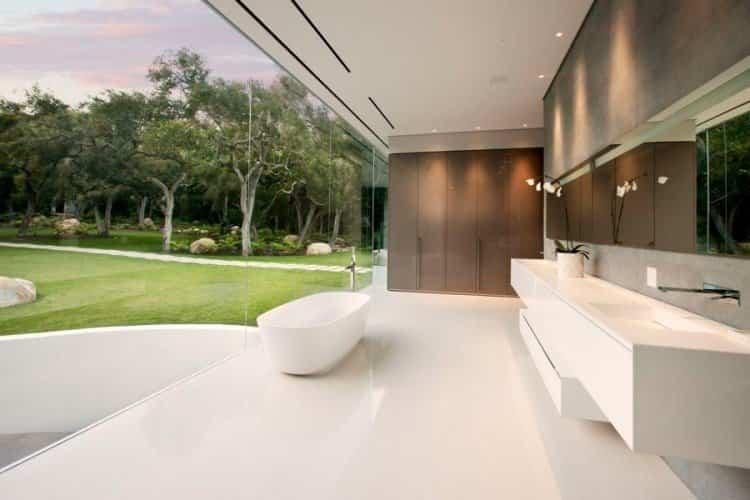 Baño casa transparente
