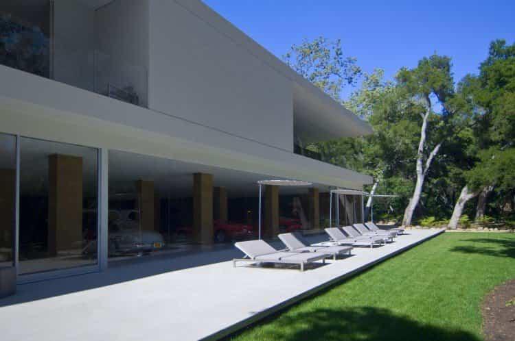 zona de relax que ofrece la casa transparente