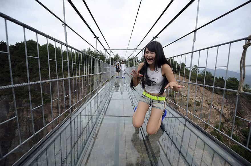 puente de cristal en China