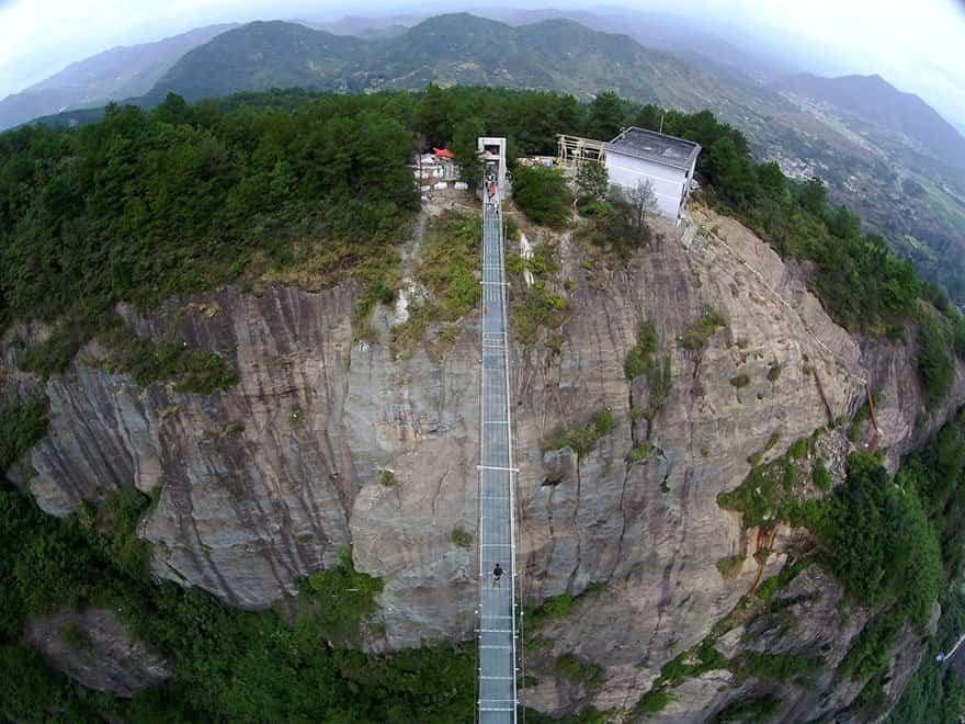 puente de cristal más largo del mundo
