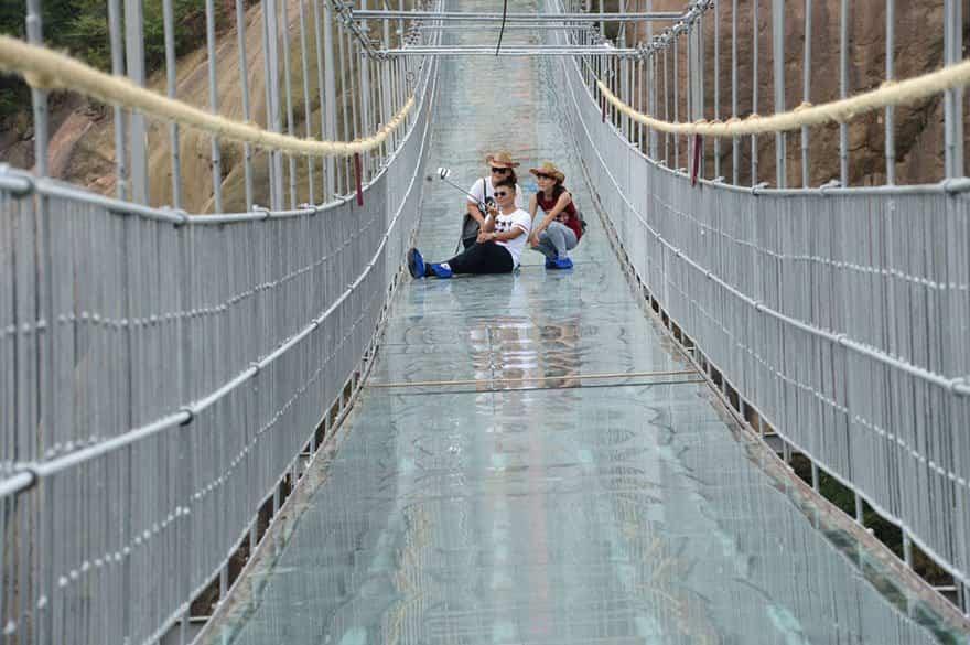 Puente de cristal único en el mundo
