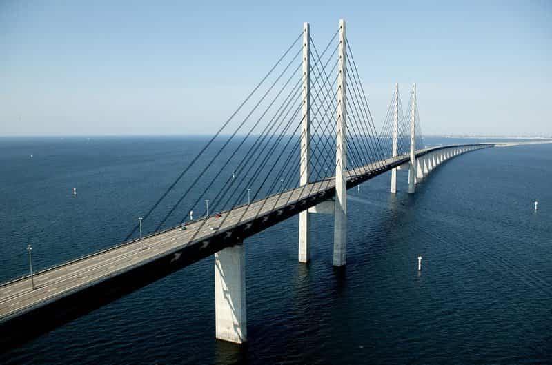 cables que sujetan al Puente Øresund