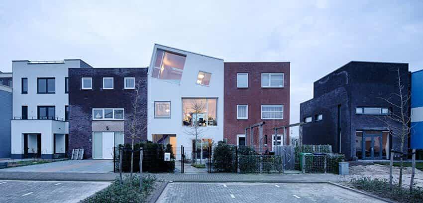 Marc Koehler casa para su madre vista desde la calle