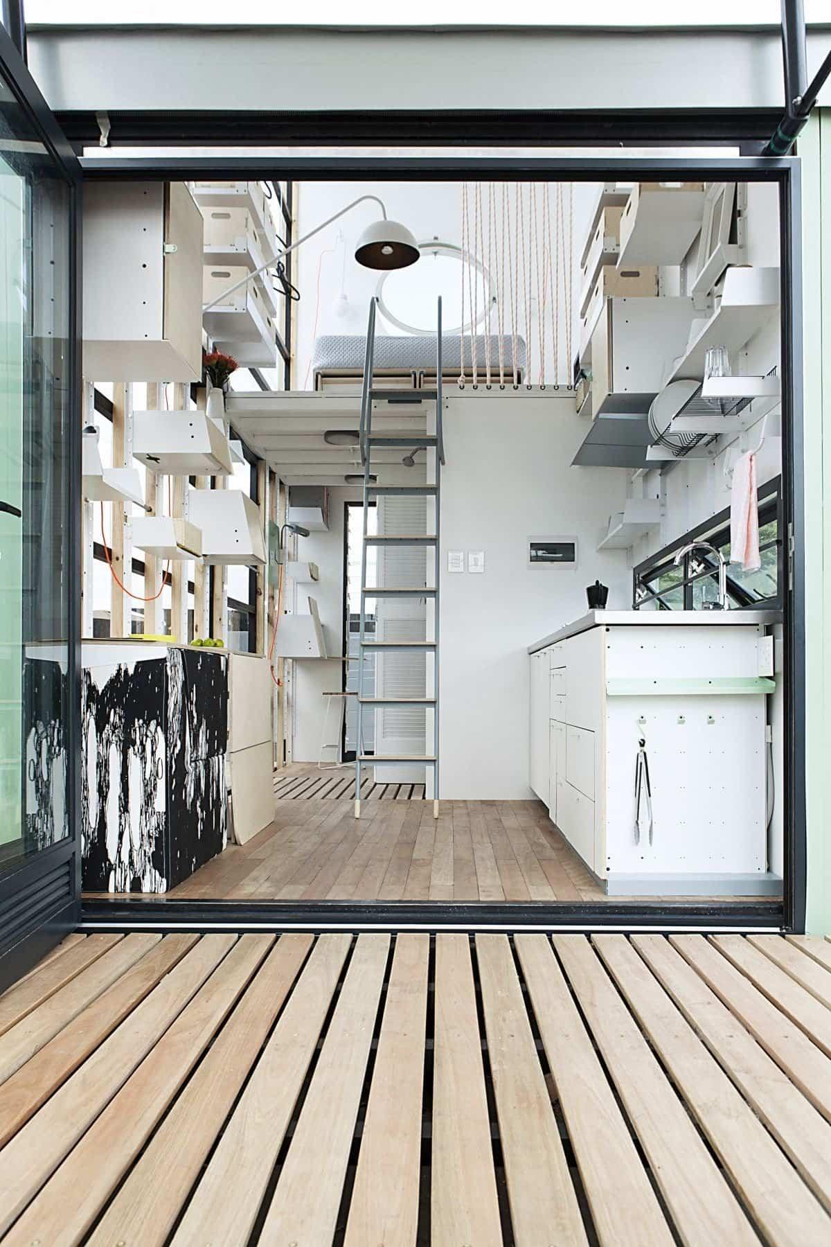 Pop iDladla formada por dos pisos