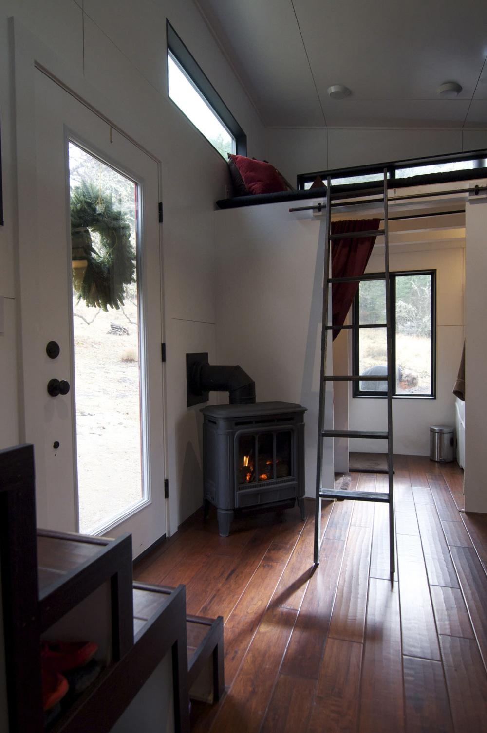 casa de sus sueños Andrew y Gabriela Morrison - estufa de leña