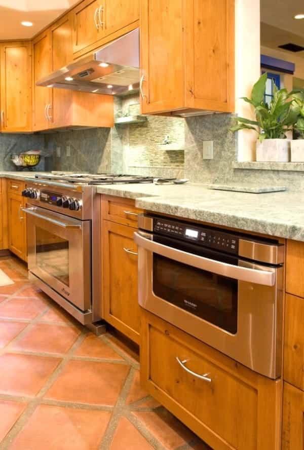 casa reformada para catorce gatos - cocina