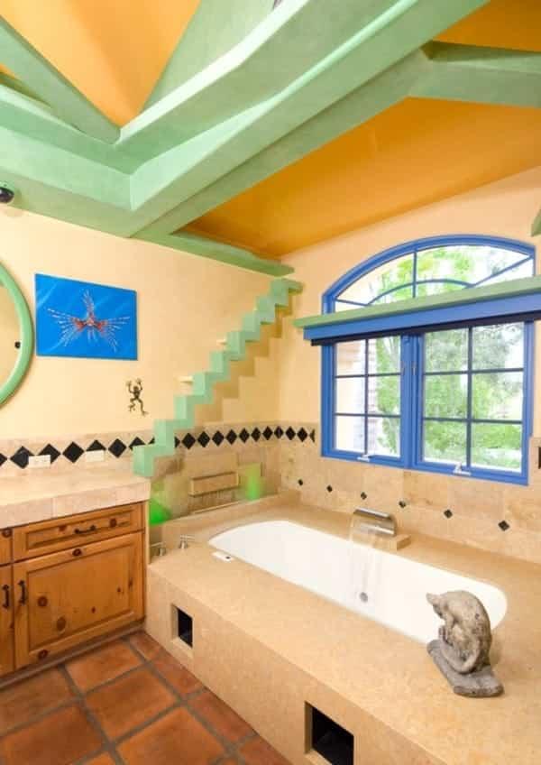 casa reformada para catorce gatos - baño principal