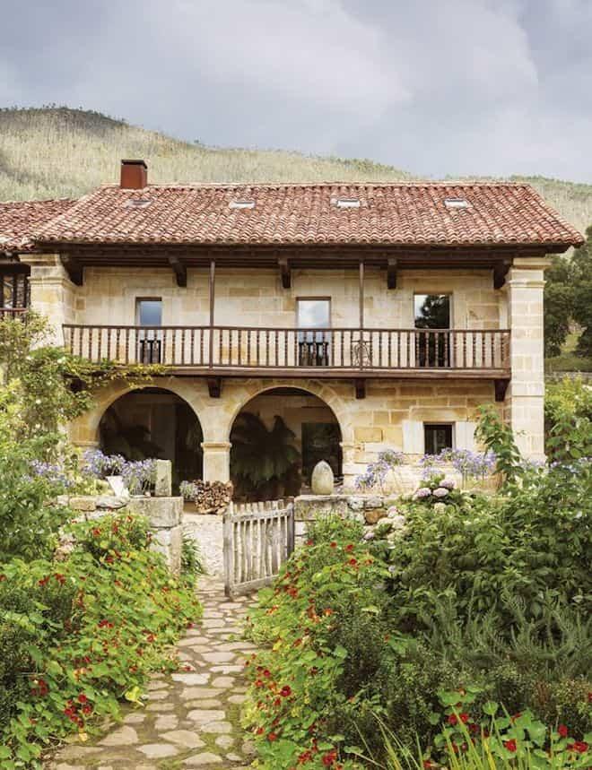 reforma edificios viejos - tradicional casona en Cantabria