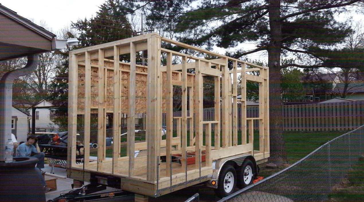 Casa pequeña - paredes de madera