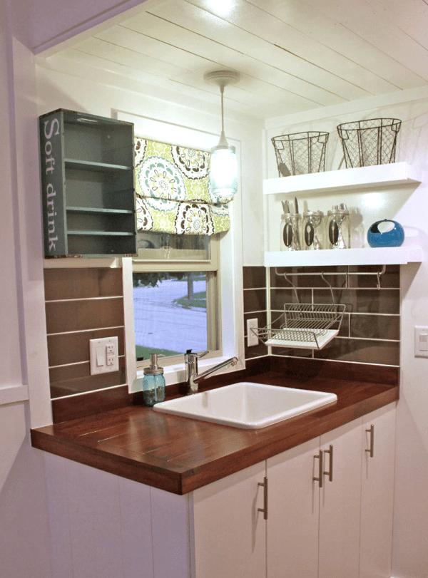 Casa pequeña - cocina completa