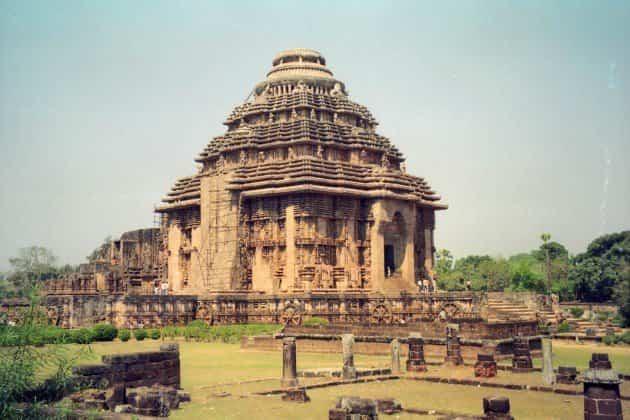 monumentos históricos - templo del sol konark