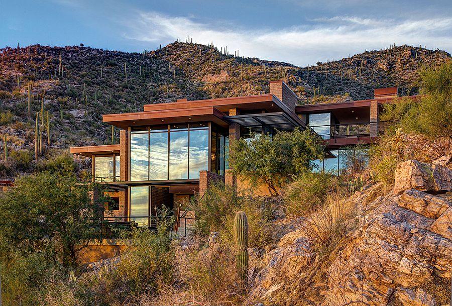 casa contemporánea construida en una montaña