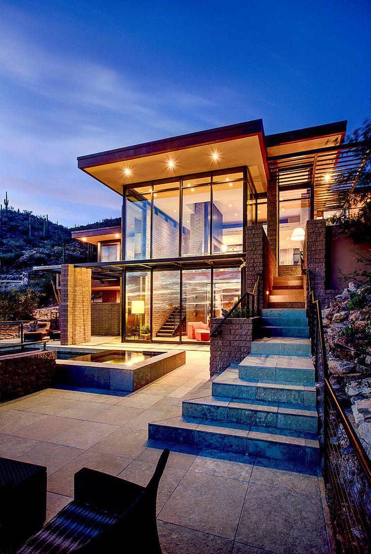 patio exterior de esta casa contemporánea
