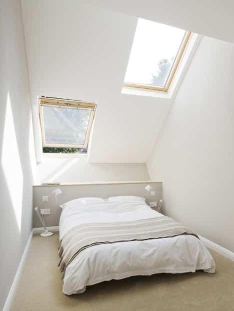 casa delgada en londres dormitorio principal