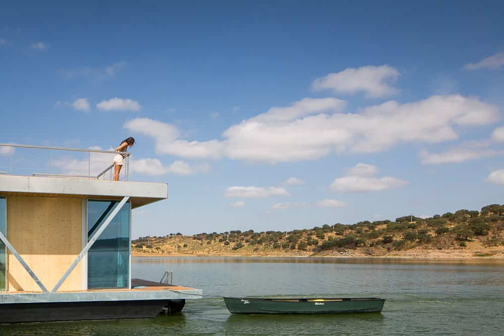 casa flotante go friday ideal para desconectar