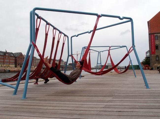 mobiliario urbano de alto diseño - hamacas