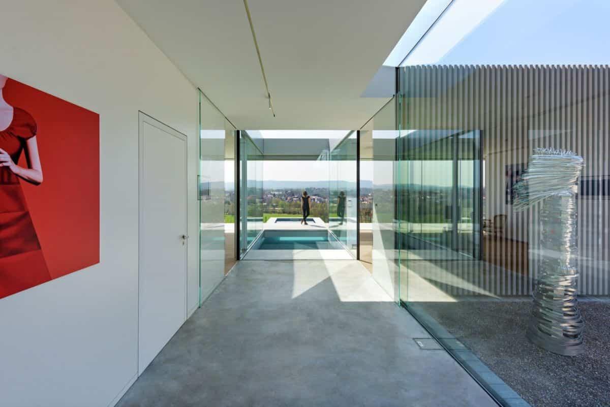 Proyecto Villa K en Alemania colores neutros