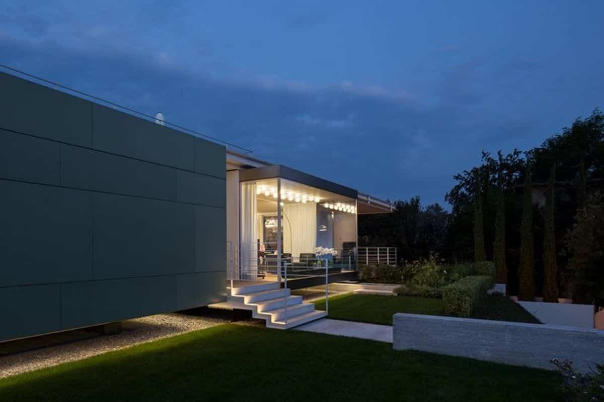 residencia moderna en Montebelluna pensada para una pareja y sus hijos