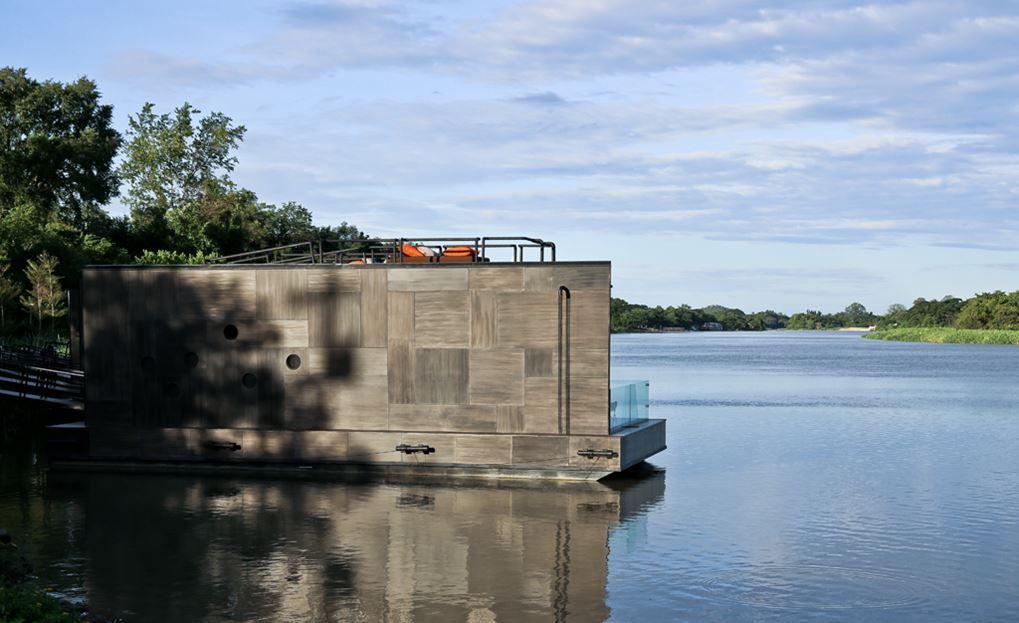 resort flotante sobre el río Kwai - pared exterior sin ventanas