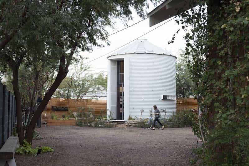 casa espectacular en silo abandonado de hierro corrugado