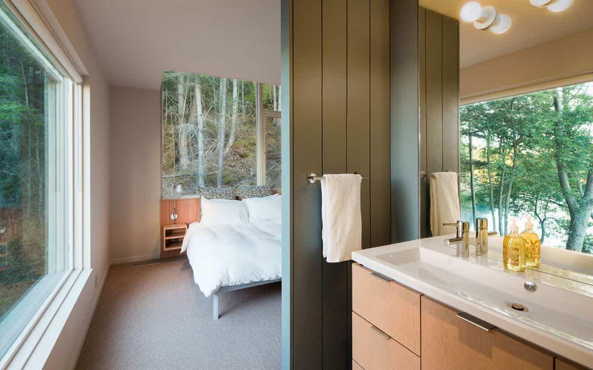 casa de campo moderna Lone Madrone dormitorio principal