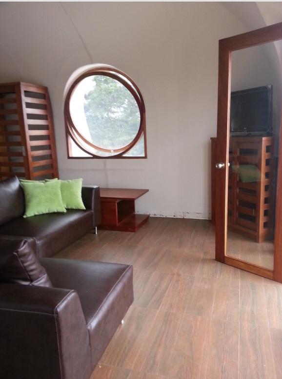 casas prefabricadas con césped interior personalizado