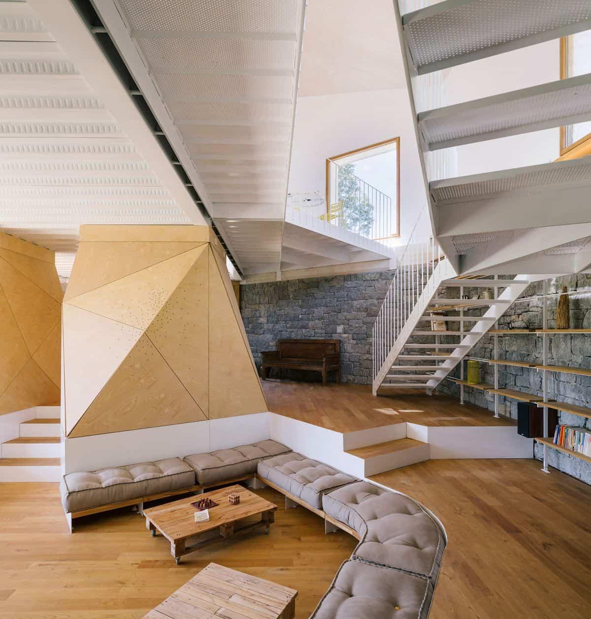 cortijo abandonado en asturias habitaciones a diferentes alturas
