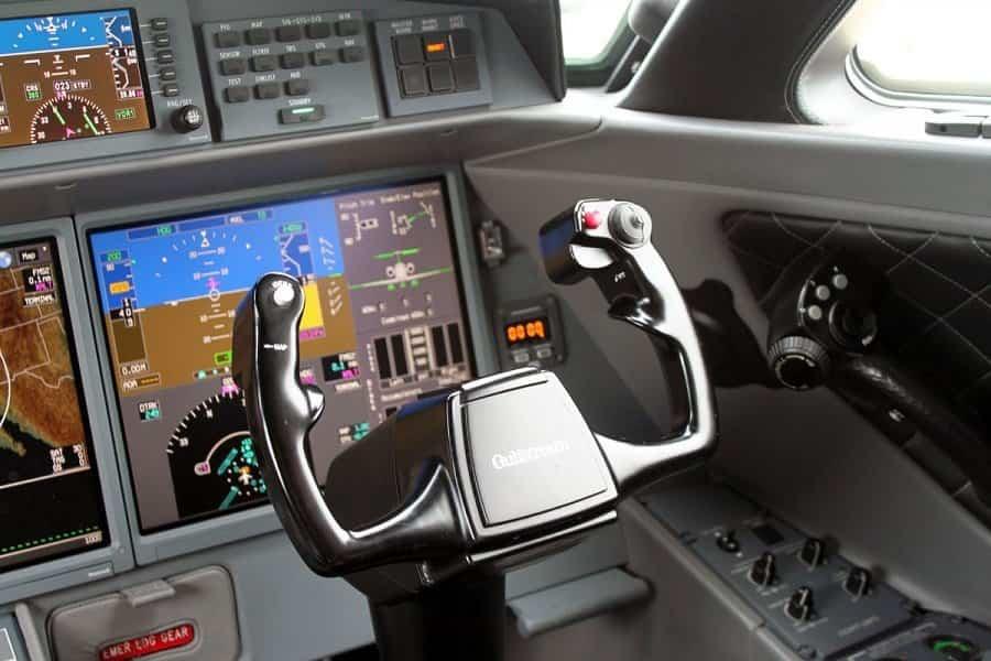jet privado de Rupert Murdoch motores Rolls Royce
