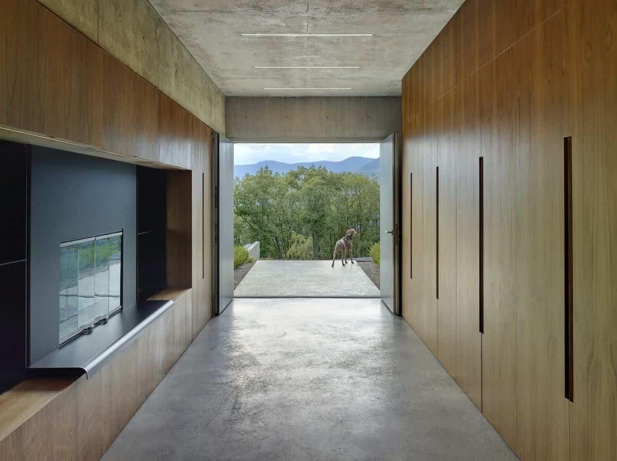 Casa Shokan con dos puertas de entrada