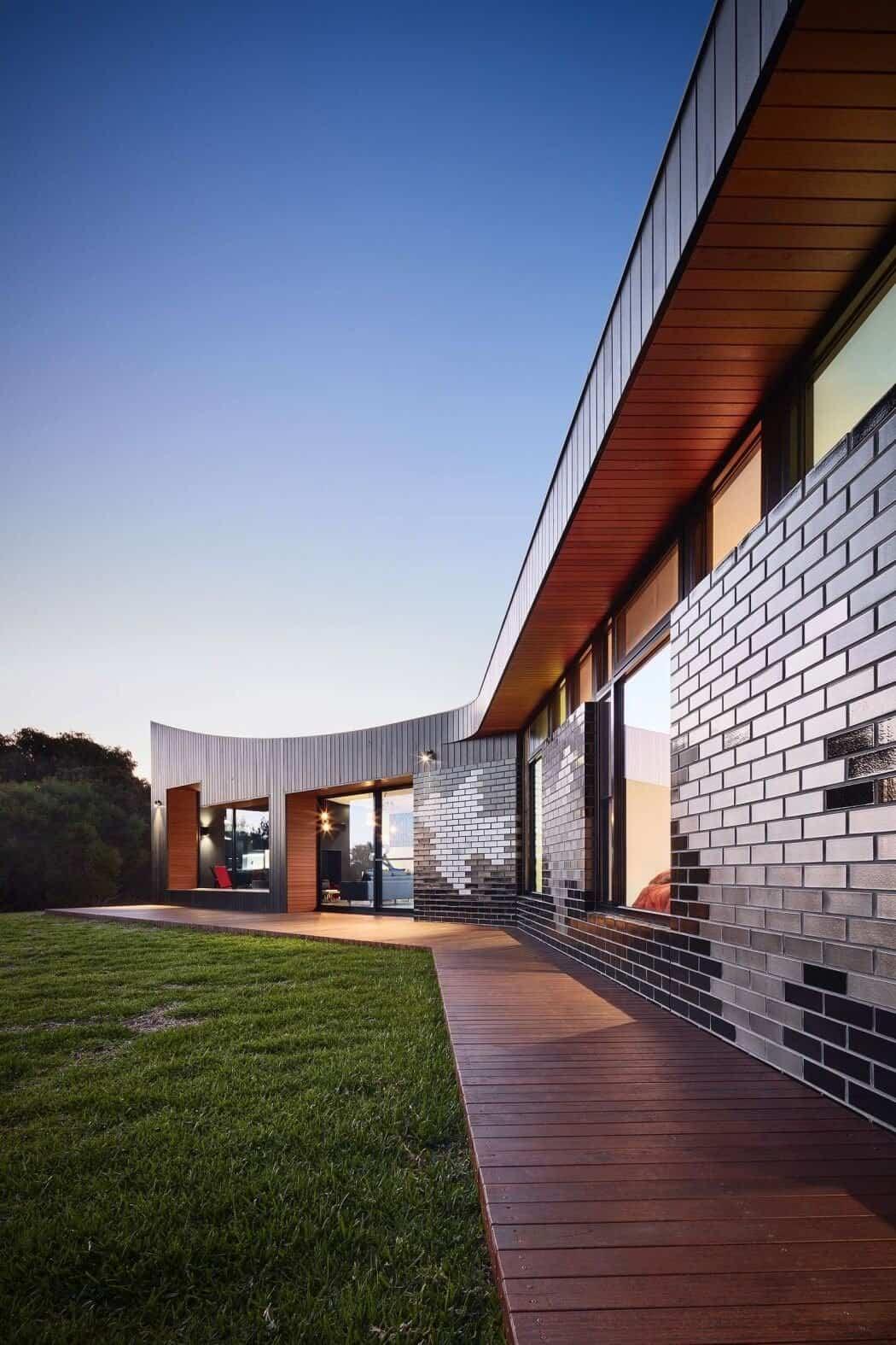 casa moderna en Australia - pasarela exterior