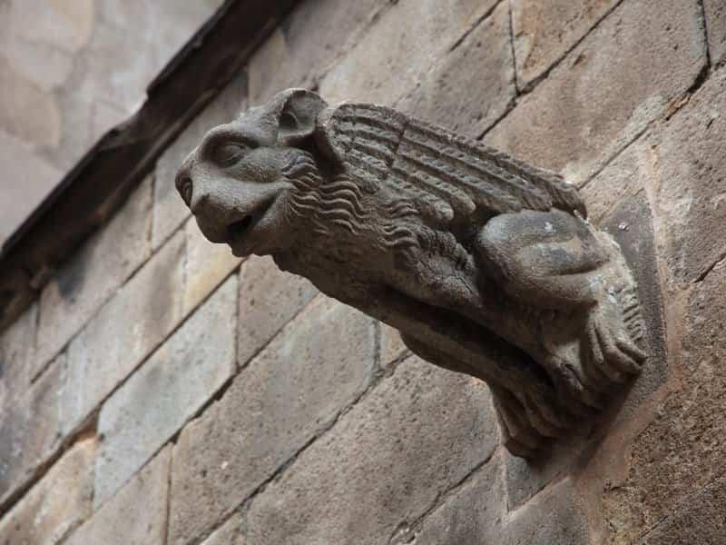 arquitectura gotica - gargolas