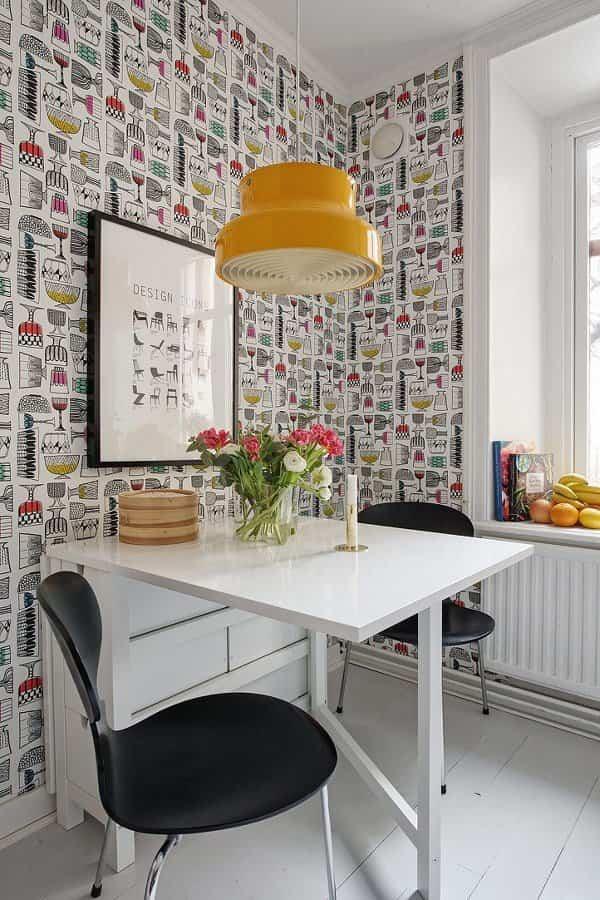 10 sencilla ideas para cambiar la cocina sin tener que for Papel pintado vinilico cocina