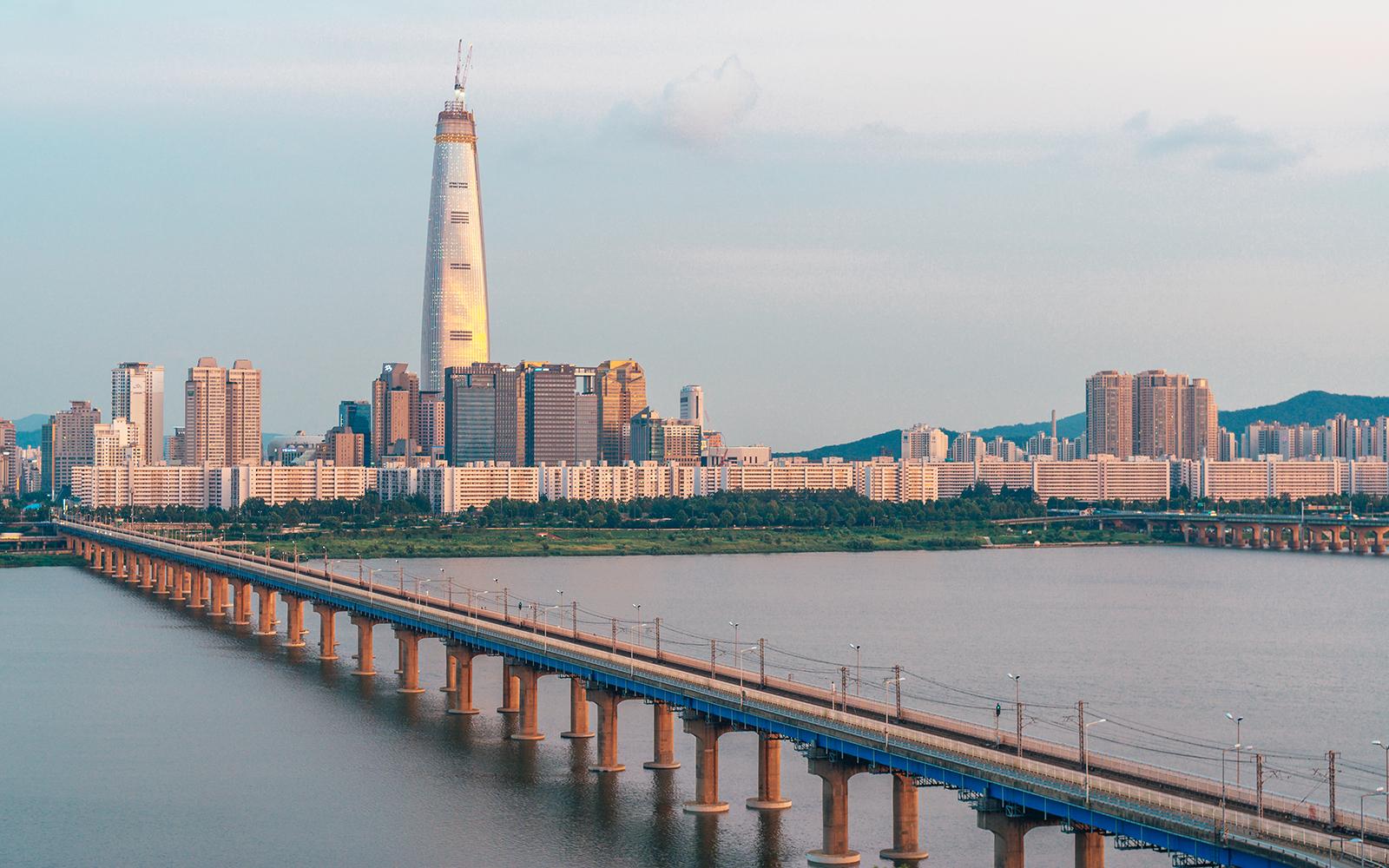 10 edificios más altos 2016 1 - Lotte World Tower