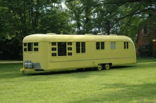 caravana abandonada 1