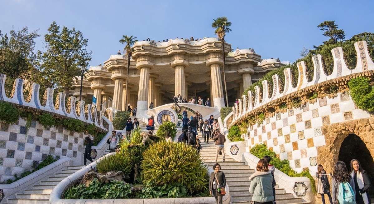 arquitectura modernista parque guell
