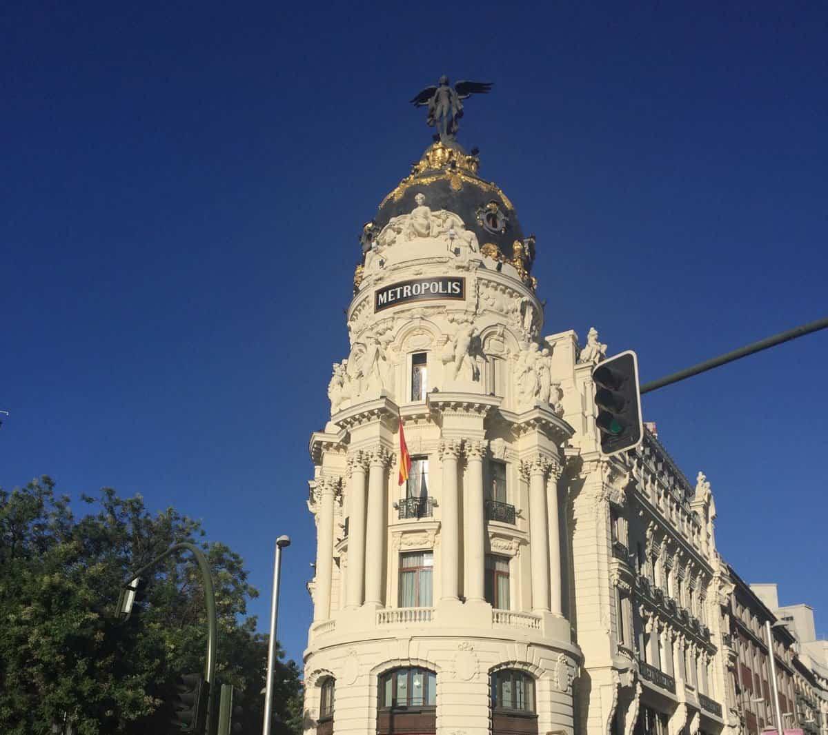 Edificio Metrópolis en Gran Vía de Madrid (España) - Agosto 2016