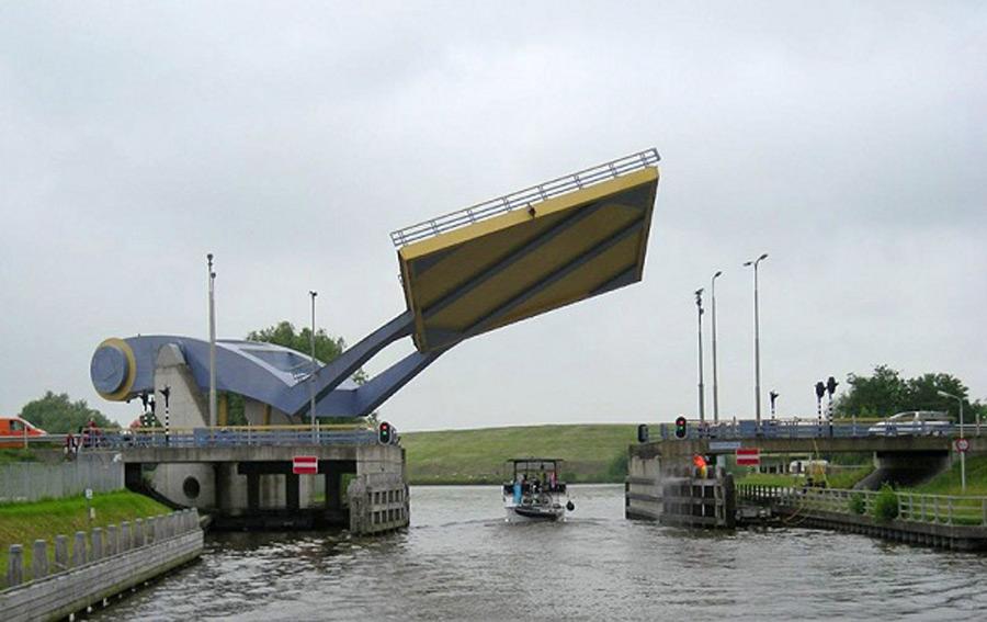 puentes más curiosos del mundo 3 - Slauerhoffbrug