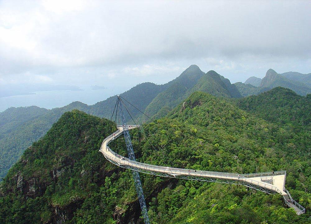 puentes más curiosos del mundo 8 - Langkawi Sky