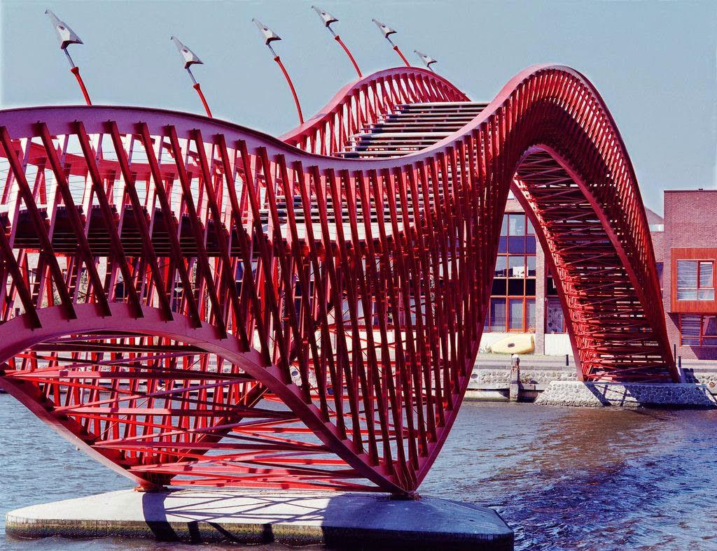 puentes más curiosos del mundo 9 - Pythonbrug