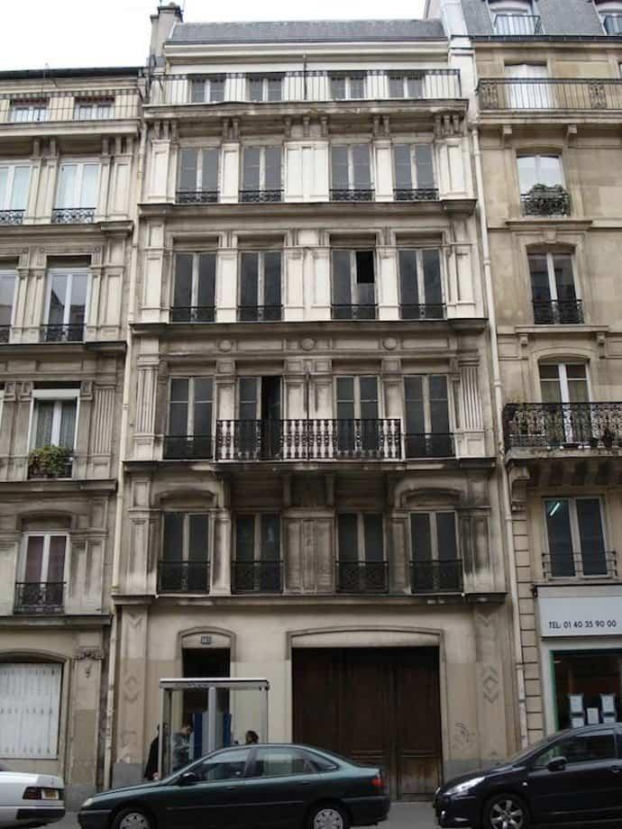 casas-con-fachadas-falsas-9