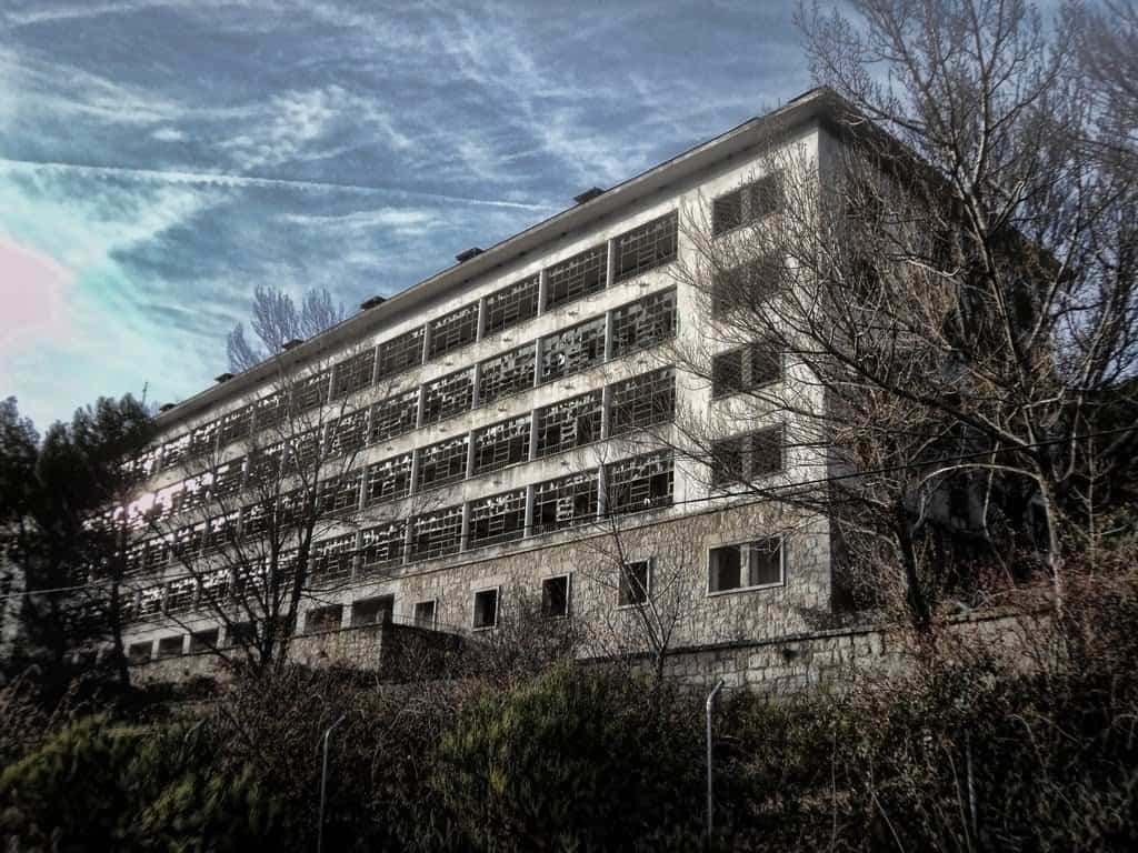 casas-encantadas-3-sanatorio-del-santo-angel-de-la-guarda