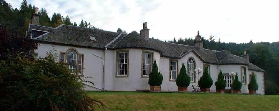 casas-encantadas-6-boleskine-house