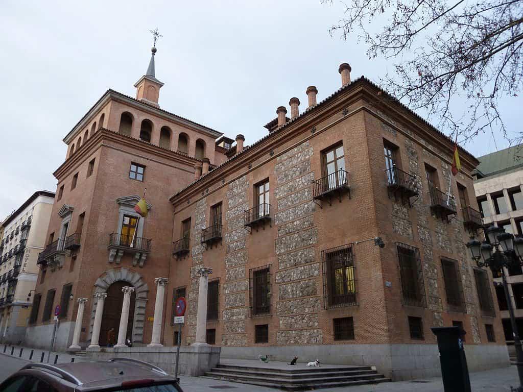 10 casas encantadas que te pondr n los pelos de punta for Gobierno de espana ministerio del interior