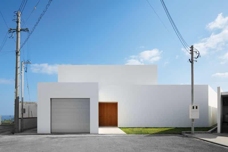 casa moderna con fachada minimalista 1